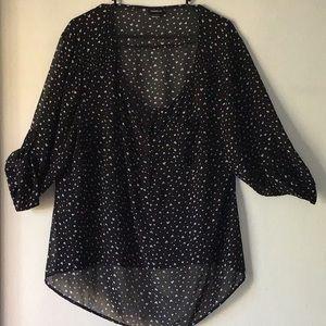 🔥Torrid🔥2🔥 Black heart blouse